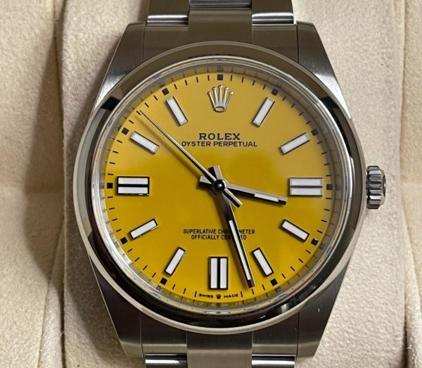 Rolex Oyster Perpertual 41mm 124300 Yellow Dial